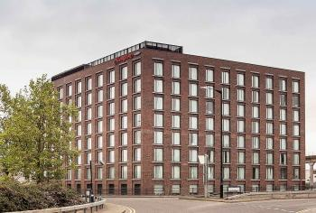 Hampton by Hilton 1, London - MaccreanorLavington architects  - 1_1.jpg